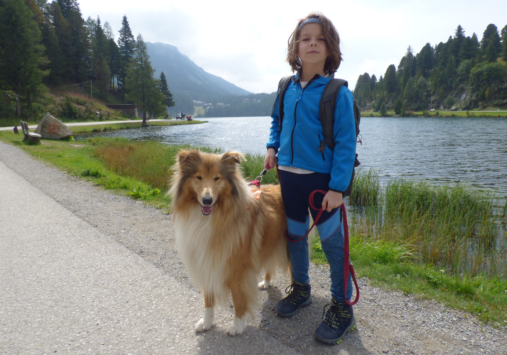 Paulányi Bea fia és a kutyája